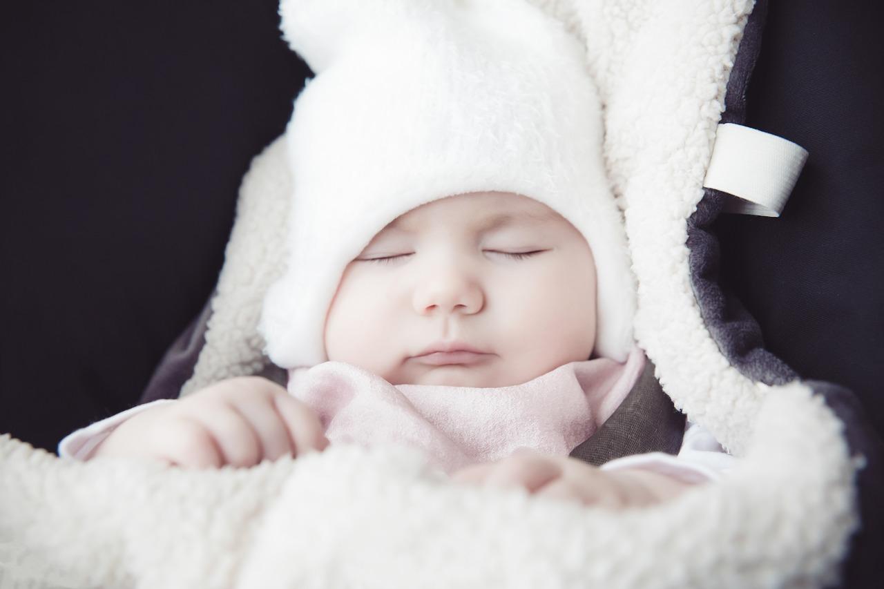 風邪対策 寝ている赤ちゃん