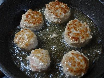 中華風肉団子 肉団子の焼き方