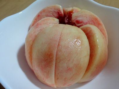桃の剥き方 できあがり