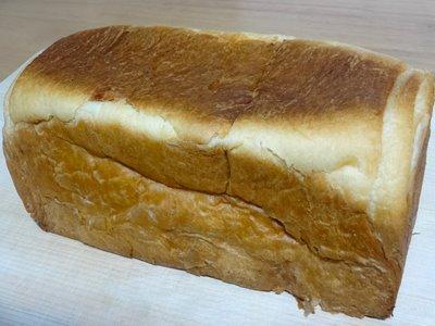 八天堂のデニッシュ食パンの外観