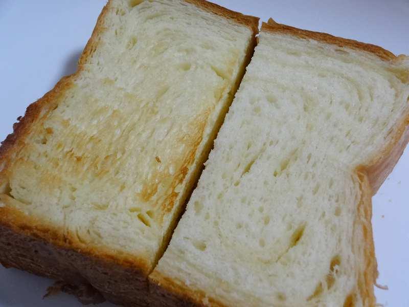 八天堂のデニッシュ食パンの焼きとレンジ