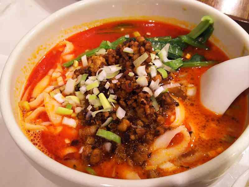 京華樓の刀削担々麺